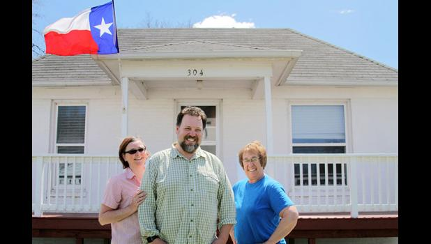 Georgia and Shane Small (from left), along with Judy Wilson, operate an Airbnb in Paton. Wilson helps take care of the house when the couple is back home in Dallas. BRANDON HURLEY | JEFFERSON HERALD