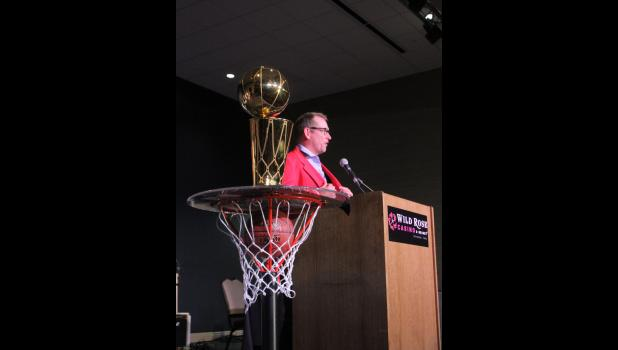 Nick Nurse, donning a 1985 Kuemper Catholic jacket, speaks to the audience during a welcome home celebration Sunday, June 30 in Jefferson.  BRANDON HURLEY | JEFFERSON HERALD