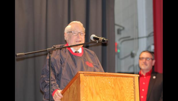 Former Jefferson-Scranton football coach and activities director Bill Kibby addresses the crowd during his GCHS hall of fame acceptance speech Jan. 16 in Jefferson.   BRANDON HURLEY | JEFFERSON HERALD