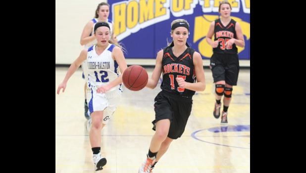 Paton-Churdan Class of 2016 graduate Carleigh Paup (right) led the state in scoring back-to-back seasons and became the first player in Paton-Churdan's five-on-five history to crack the 1,000 career point mark. JEFFERSON HERALD FILE PHOTO